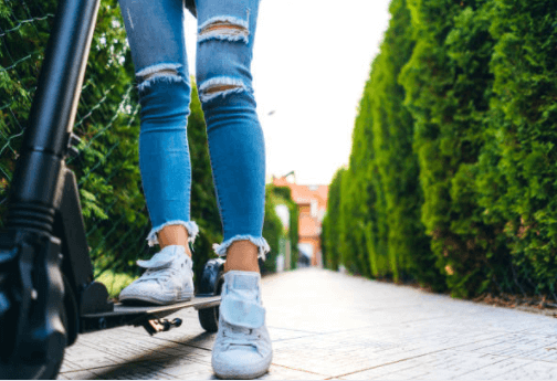 5 Things iEZway Tells You About Electric Scooters-1